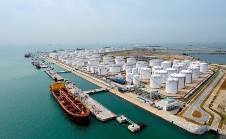 Automatiseren van het vessel clearance process voor olie en gas terminals